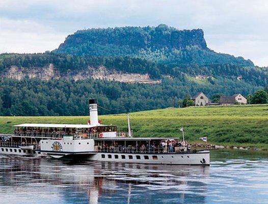 Lilienstein-und-Dampfer